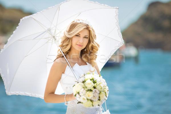 美しい 花嫁 少女 ウェディングドレス 白 傘 ストックフォト © Victoria_Andreas