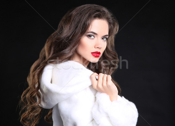 Güzel moda esmer kız portre beyaz Stok fotoğraf © Victoria_Andreas