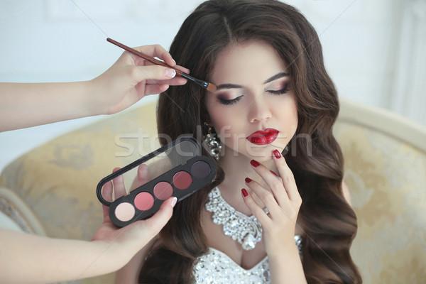 Frumos Bruneta Mireasă Nuntă Portret Machiaj Imagine De