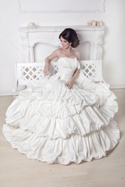 Güzel gelin kadın oturma gelinlik beyaz Stok fotoğraf © Victoria_Andreas