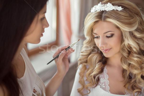 Mooie bruid bruiloft make kapsel stilist Stockfoto © Victoria_Andreas