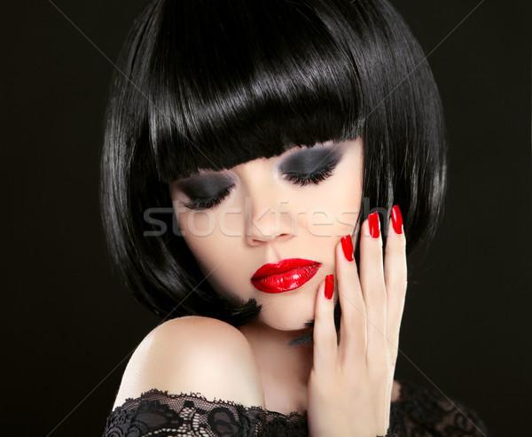 Göz makyajı moda güzellik esmer kırmızı dudaklar Stok fotoğraf © Victoria_Andreas