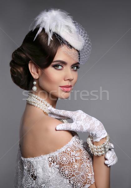 ретро элегантный Lady прическа жемчуга Сток-фото © Victoria_Andreas
