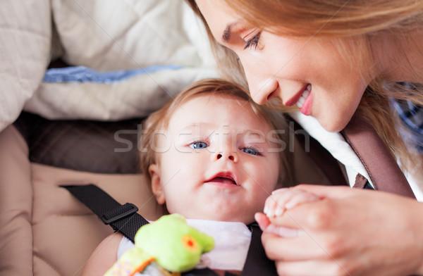 Moeder baby liefde liefhebbend klein Stockfoto © vilevi