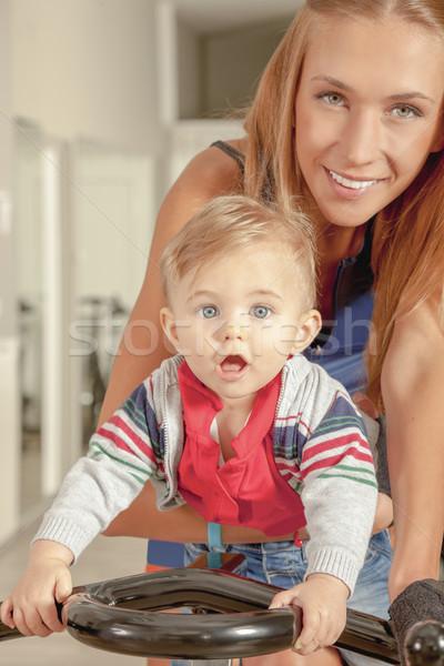 Baby matka rowerowe młodych piękna cute Zdjęcia stock © vilevi