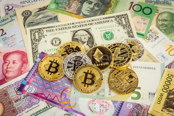 Szett világszerte pénz bankjegyek hullám pénz Stock fotó © vinnstock