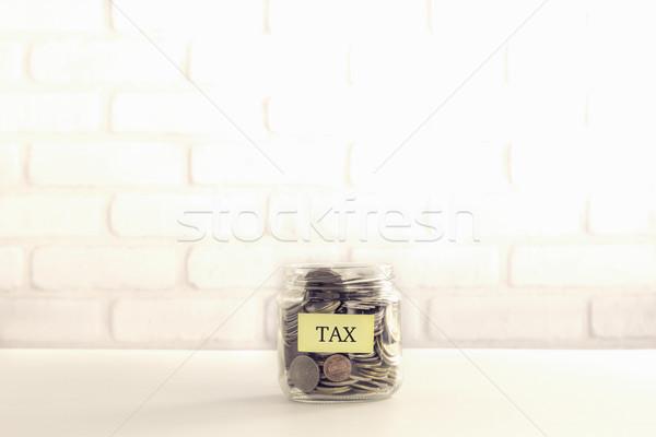 Belasting welzijn vintage stijl Geel label Stockfoto © vinnstock