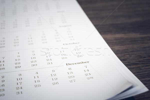 простой календаря деревянный стол Focus декабрь Сток-фото © vinnstock