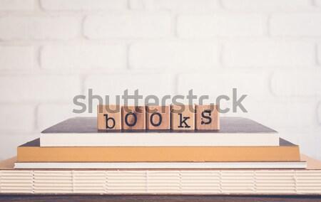любви книга эмоций Идея Сток-фото © vinnstock