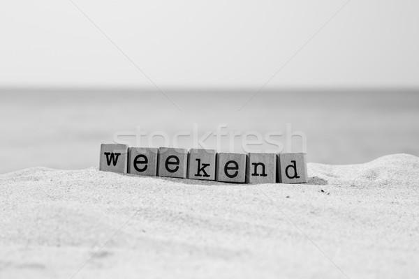 уик-энд перерыва черно белые слово древесины Сток-фото © vinnstock