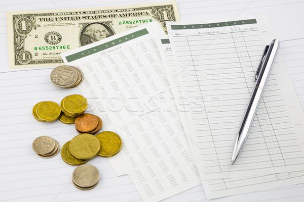 お金 経費 先端 グラフ 書類 金 ストックフォト © vinnstock