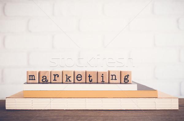 Mot marketing texte bois cubes Photo stock © vinnstock