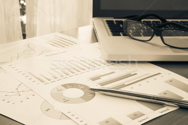 Bilancio pianificazione finanziaria gestione sintesi rapporti Foto d'archivio © vinnstock