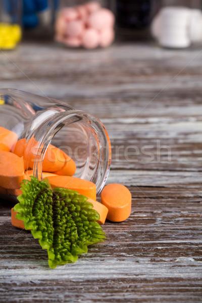 таблетки стекла контейнера зеленые листья другой Сток-фото © viperfzk
