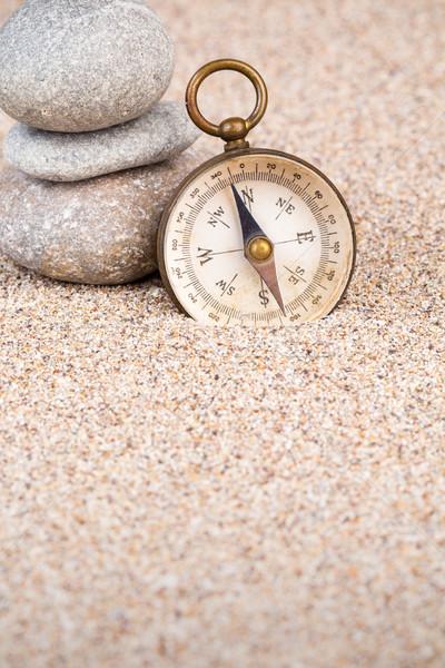 Vintage brújula tres piedras retrato Foto stock © viperfzk