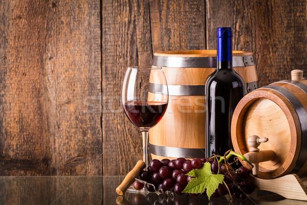 стекла темно бутылку баррель виноград Сток-фото © viperfzk