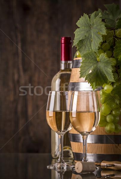 Szemüveg borosüveg hordó szőlő sötét étel Stock fotó © viperfzk