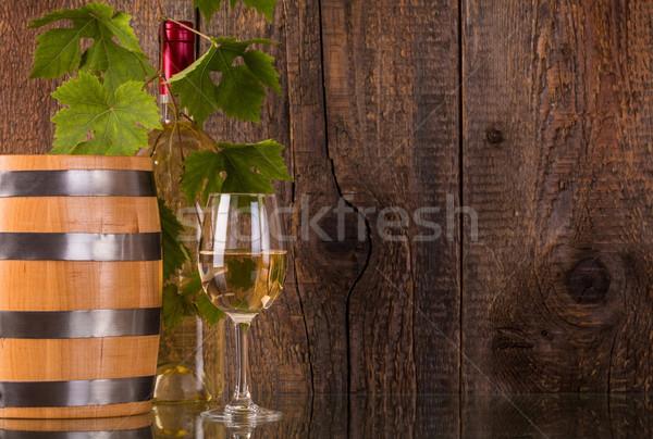 üveg bor hordó fehér üveg mögött Stock fotó © viperfzk