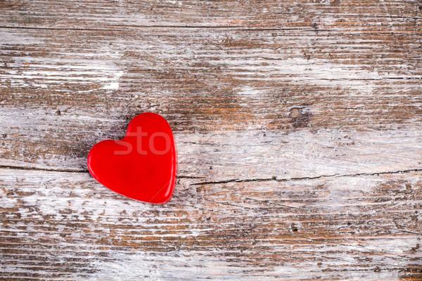 красный сердце Гранж древесины стены Сток-фото © viperfzk