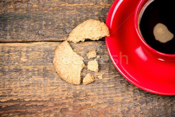 Koffiekopje gebarsten biscuit houten tafel hout ontspannen Stockfoto © viperfzk