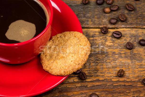 Tasse de café biscuit sombre table en bois bois détendre Photo stock © viperfzk