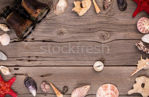 Deniz kabukları denizyıldızı pusula ahşap dizayn Stok fotoğraf © viperfzk