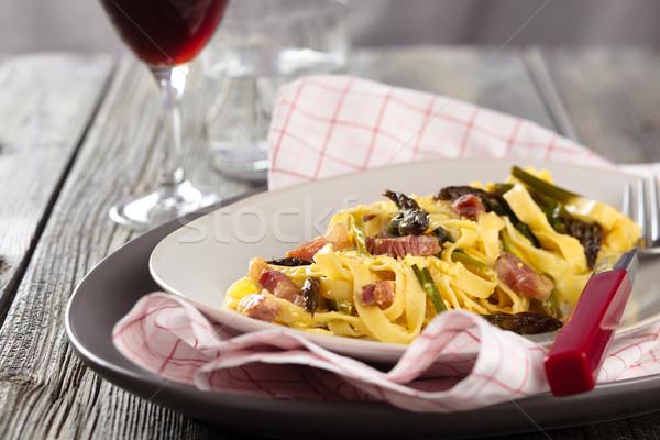 İtalyan gıda makarna İtalyan kuşkonmaz ahşap rustik Stok fotoğraf © Vitalina_Rybakova