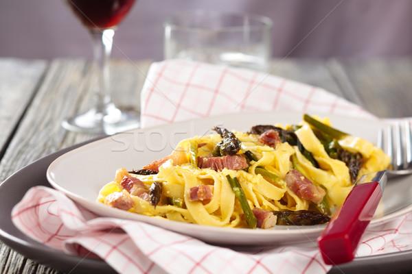 Italiaans eten pasta Italiaans asperges houten rustiek Stockfoto © Vitalina_Rybakova
