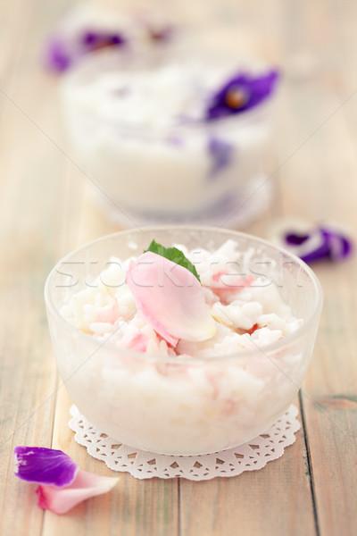 Risotto comestible flores preparado violeta Foto stock © Vitalina_Rybakova
