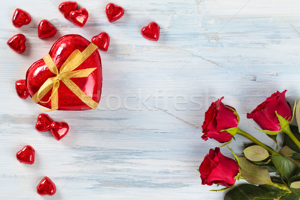 バレンタインデー ギフト 赤いバラ 中心 チョコレート ストックフォト © Vitalina_Rybakova