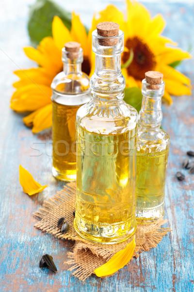 óleo de girassol azul rústico flor fundo cozinha Foto stock © Vitalina_Rybakova