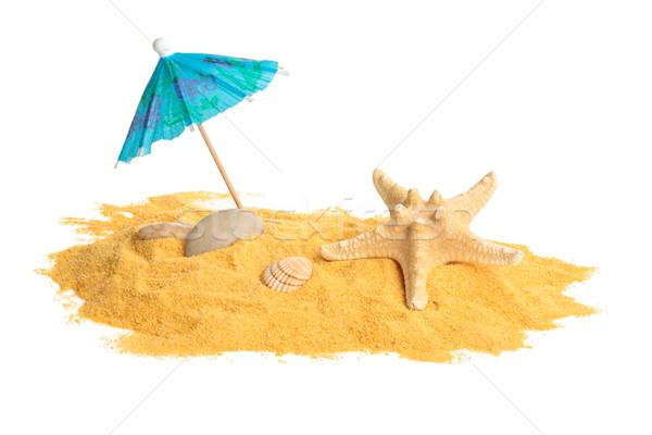Kum kabukları şemsiye sarı yalıtılmış Stok fotoğraf © Vitalina_Rybakova