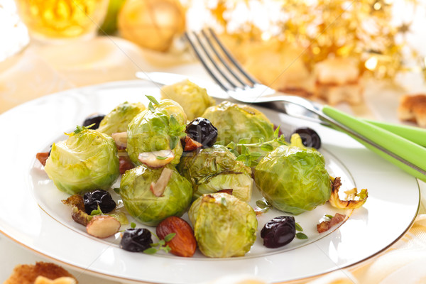 Gebakken amandelen druiven vakantie tabel kaas Stockfoto © Vitalina_Rybakova