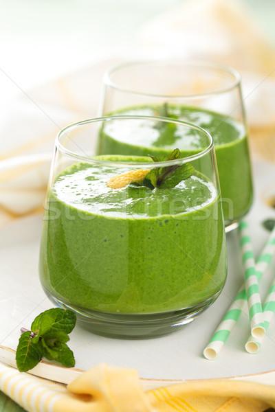 Verde de espinafre folhas limão Foto stock © Vitalina_Rybakova