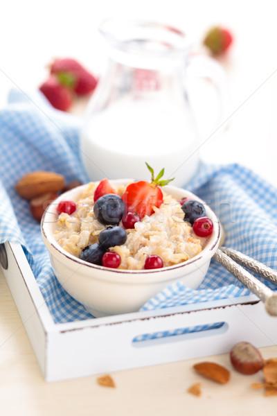 Gezonde ontbijt vers vruchten honing Stockfoto © Vitalina_Rybakova