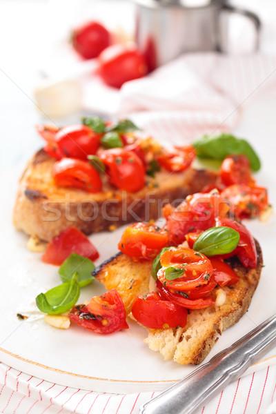 итальянской кухни брускетта итальянский помидоры черри базилик Сток-фото © Vitalina_Rybakova