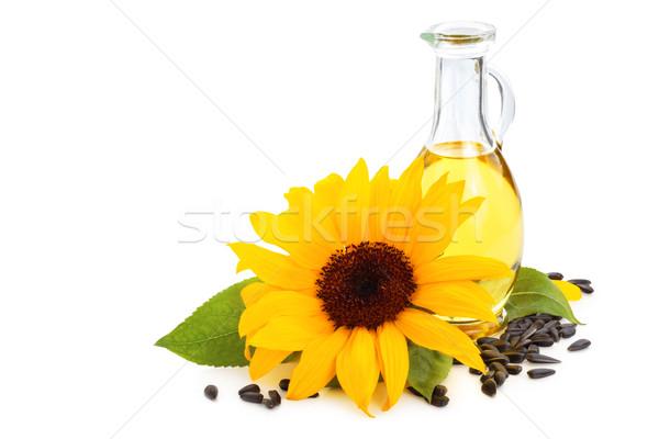Zonnebloemolie zonnebloemen zonnebloem zaden geïsoleerd witte Stockfoto © Vitalina_Rybakova