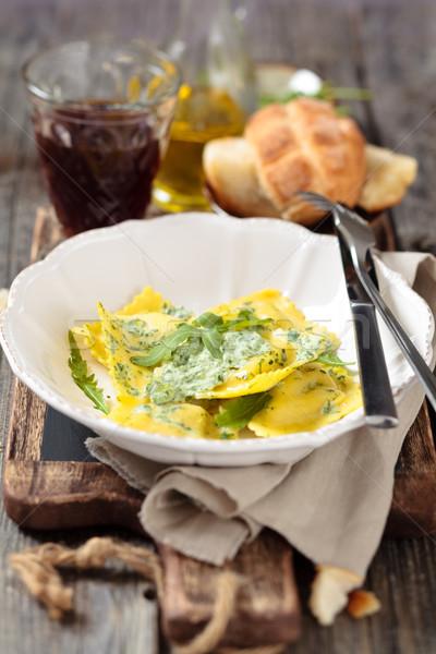 Italiaans eten ravioli smakelijk bladeren room rustiek Stockfoto © Vitalina_Rybakova