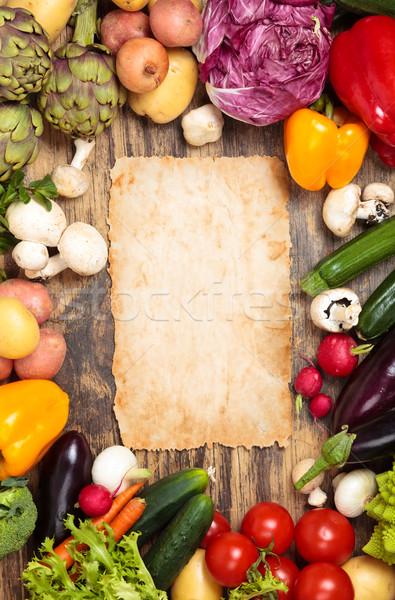 Verse groenten houten frame gemengd organisch groenten kruiden Stockfoto © Vitalina_Rybakova