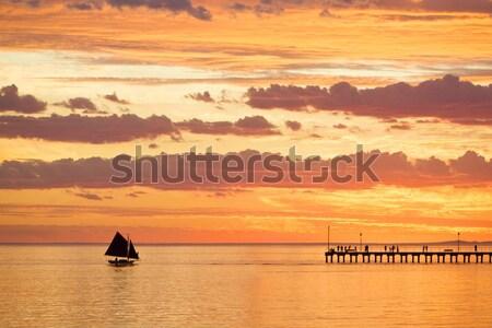 ボート ビーチ 日没 セーリング 海 空 ストックフォト © Vividrange