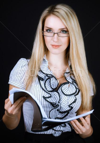 Mosolyog üzletasszony szemüveg tart mappa fekete Stock fotó © vizarch