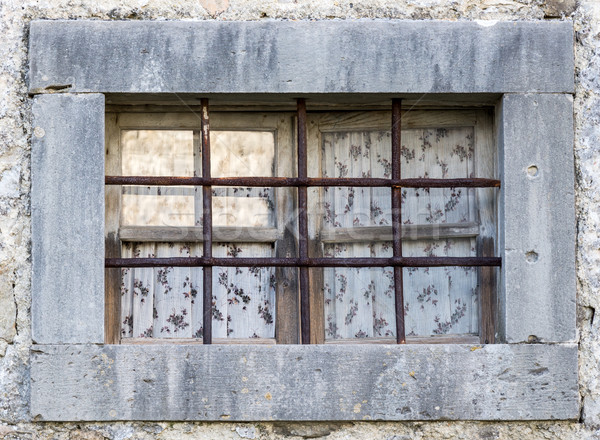 Starych okno metal bary domu drewna Zdjęcia stock © vlaru