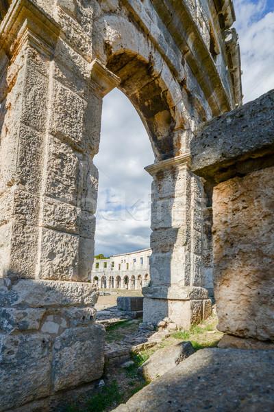 Antigo anfiteatro Croácia costa europa céu Foto stock © vlaru
