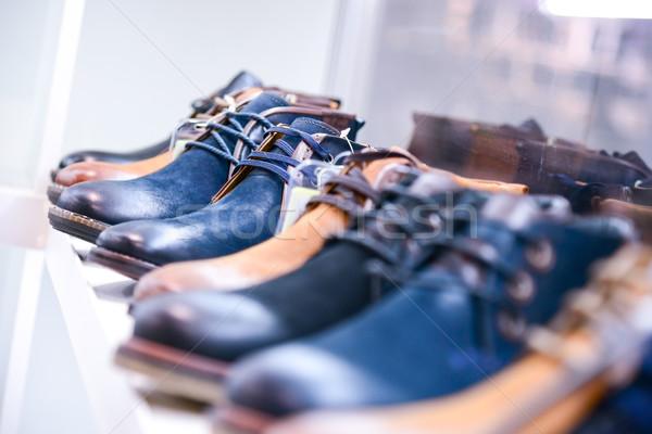 Scarpe store moda bellezza uomini Foto d'archivio © vlaru