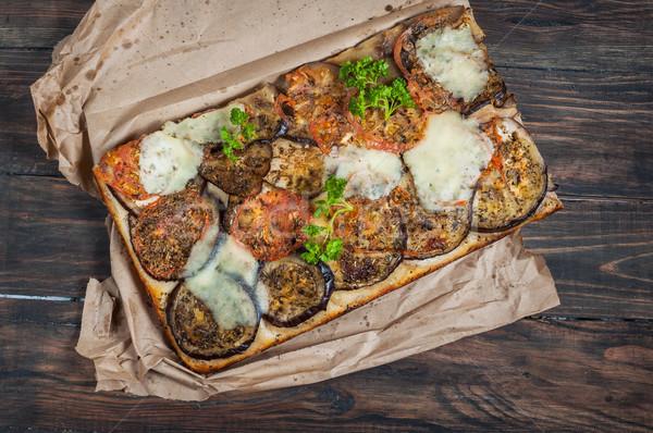 Tradicional berenjena tomates madera pizza mesa Foto stock © voloshin311
