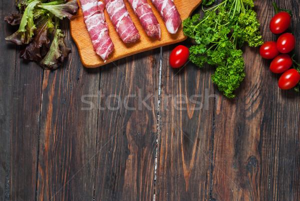 Stock fotó: Szalonna · tekercsek · paradicsom · petrezselyem · fából · készült · szöveg