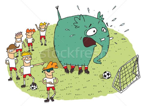 Csoport fiatalok készít jókedv elefánt futballpálya Stock fotó © VOOK