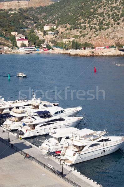 Motor jacht witte haven pier zee Stockfoto © vrvalerian