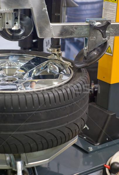 Kerék javítás autó szolgáltatás állomás autó Stock fotó © vrvalerian
