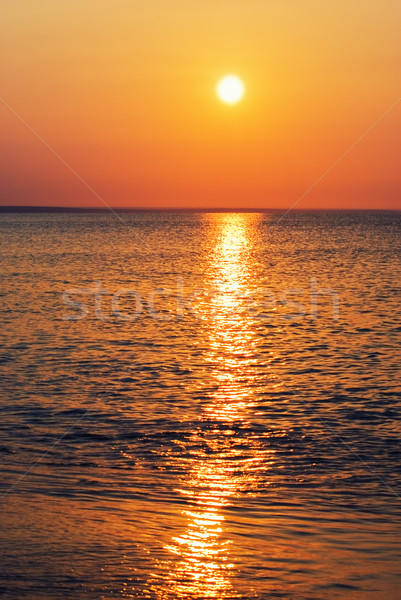 Stockfoto: Zonsondergang · diep · Rood · zee · strand · wolken